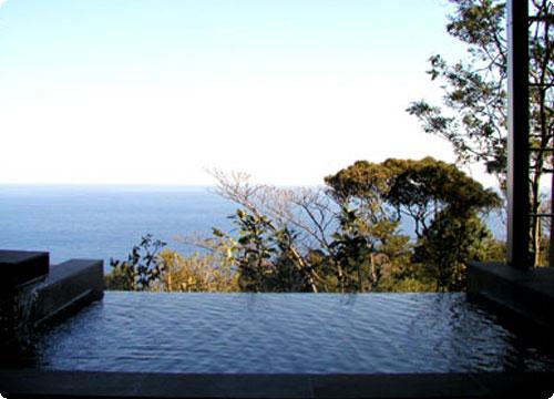 伊豆 源泉と離れのお宿 月 部屋付き露天風呂