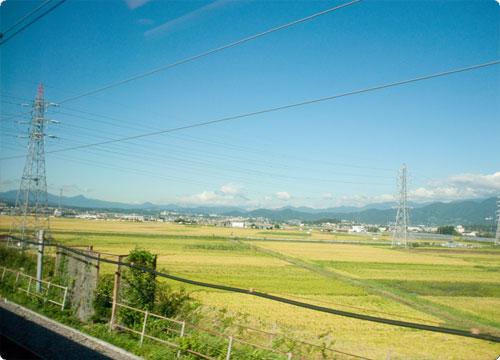 新幹線で鹿児島へ 約6時間40分の旅。