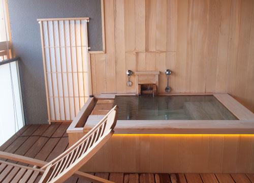 箱根/強羅花扇 円かの杜[宿レポその4]部屋の露天風呂編