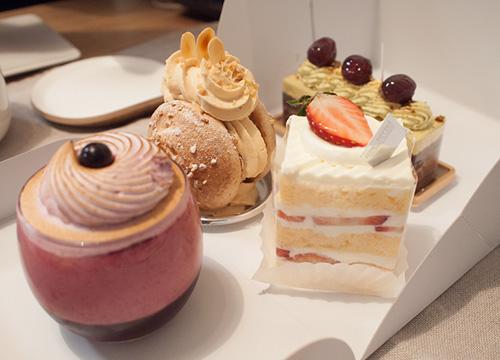 マテリアルのケーキ